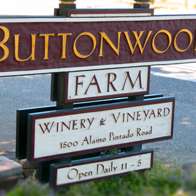 Buttonwood Farm Winery & Vineyard