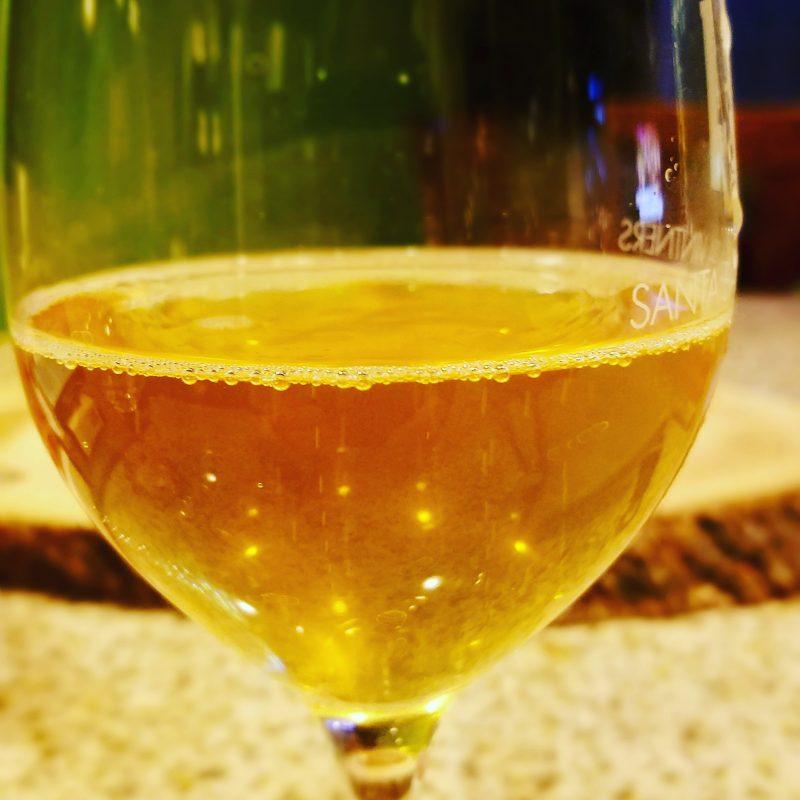 Costadila Bianco in the glass