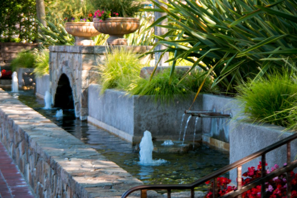 Fountains at V Marketplace Yountville