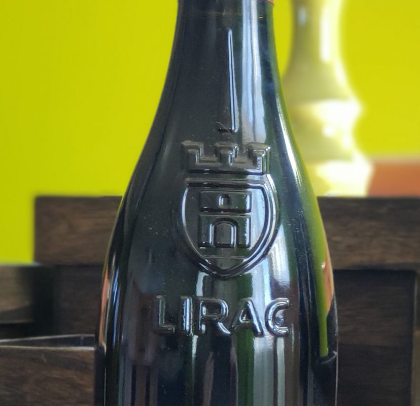 Lirac bottle logo