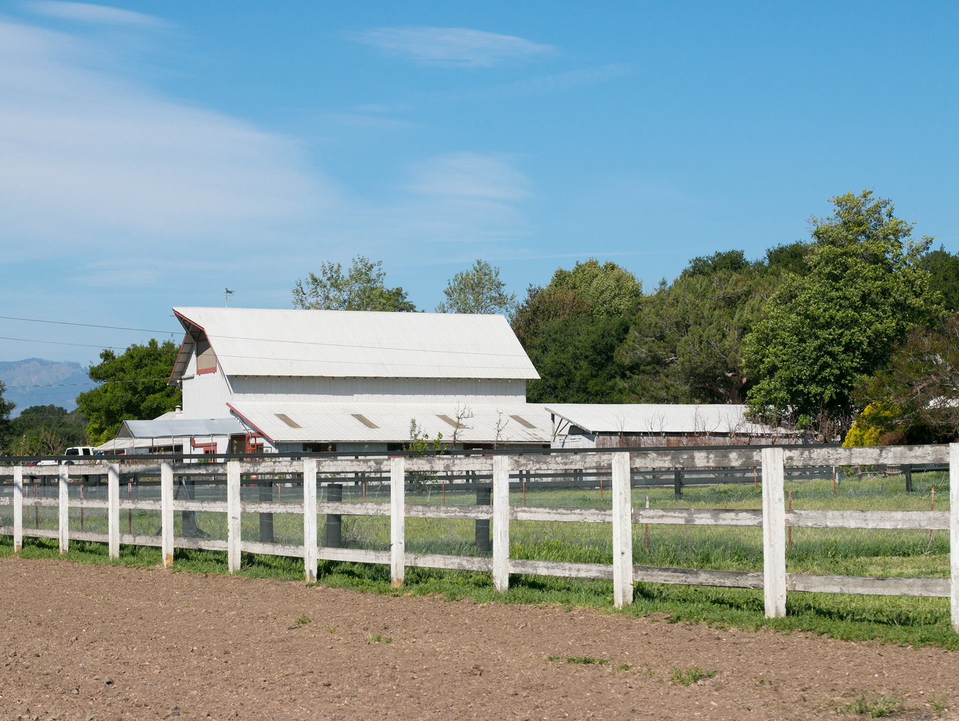 buttonwood barn roadfeature