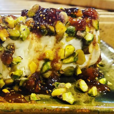 Goat cheese log with pistachios, honey and fig jam