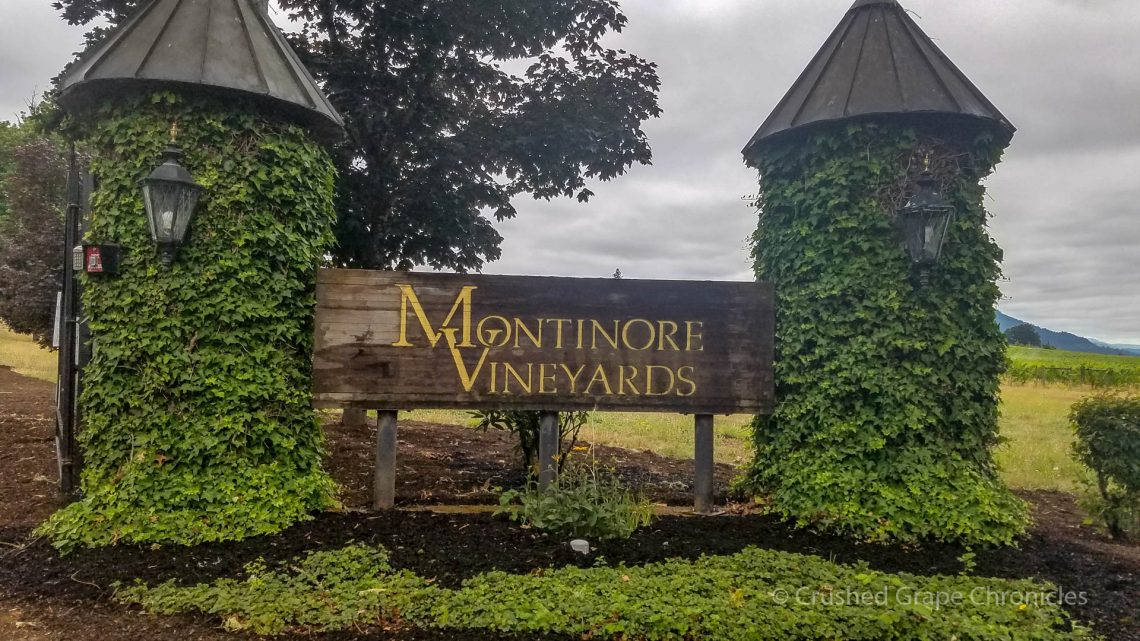 Montinore Vineyards sign