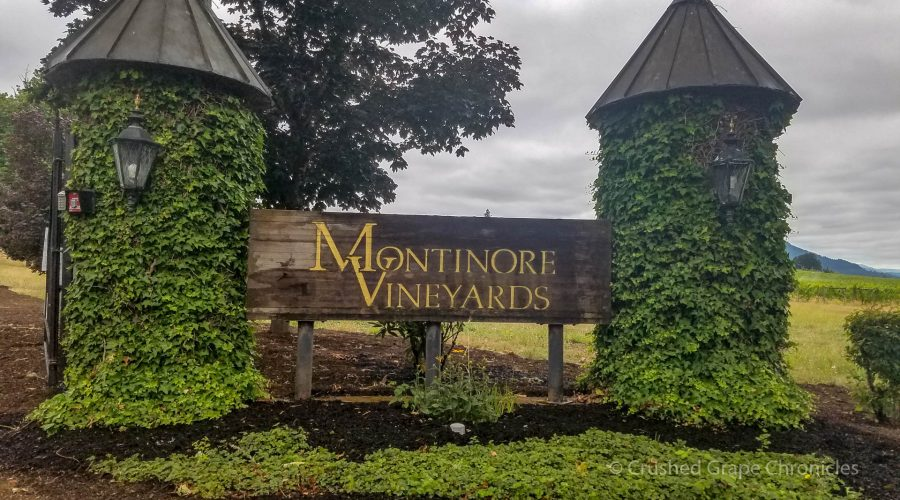 Montinore Vineyards sign