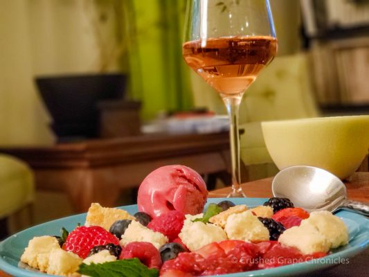 Deconstructed berry tart with the Gérard Bertrand Cuvee Thomas Jefferson Cremant de Limoux Brut Rose 2016