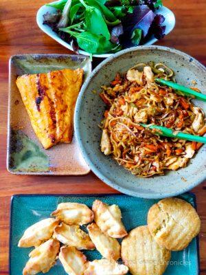 Crab rangoons, crab cakes, teriyaki salmon & lo mein