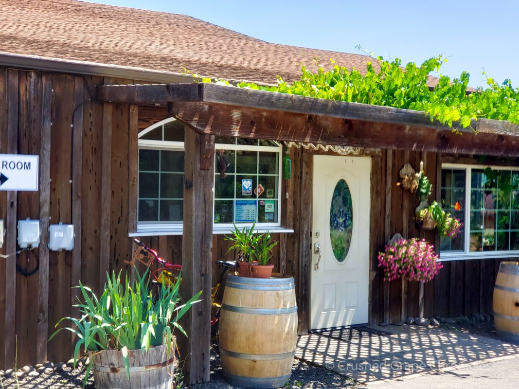 Girardet Tasting room Umpqua Valley Southern Oregon