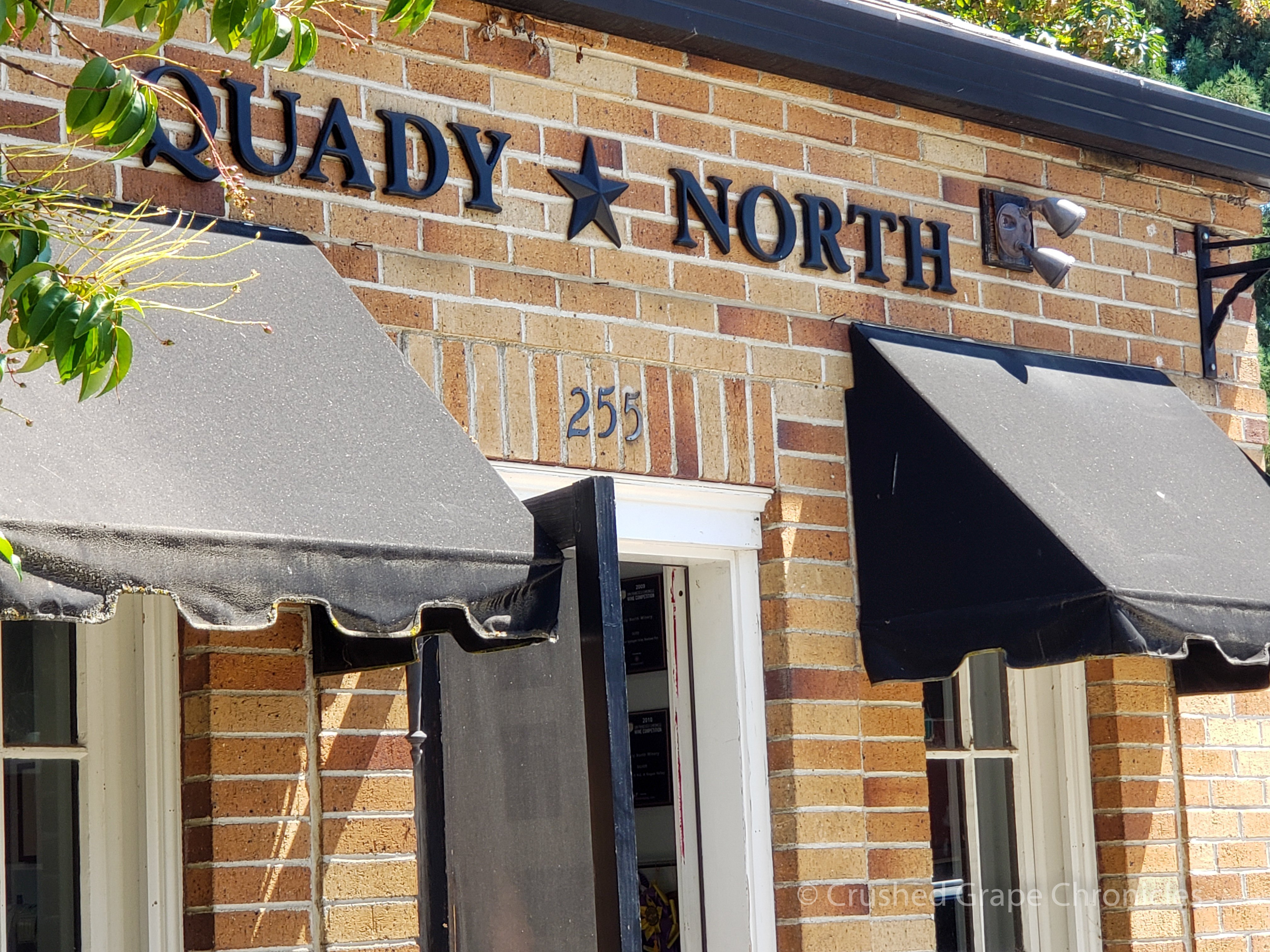 The Quady North Tasting room in Jacksonville Oregon