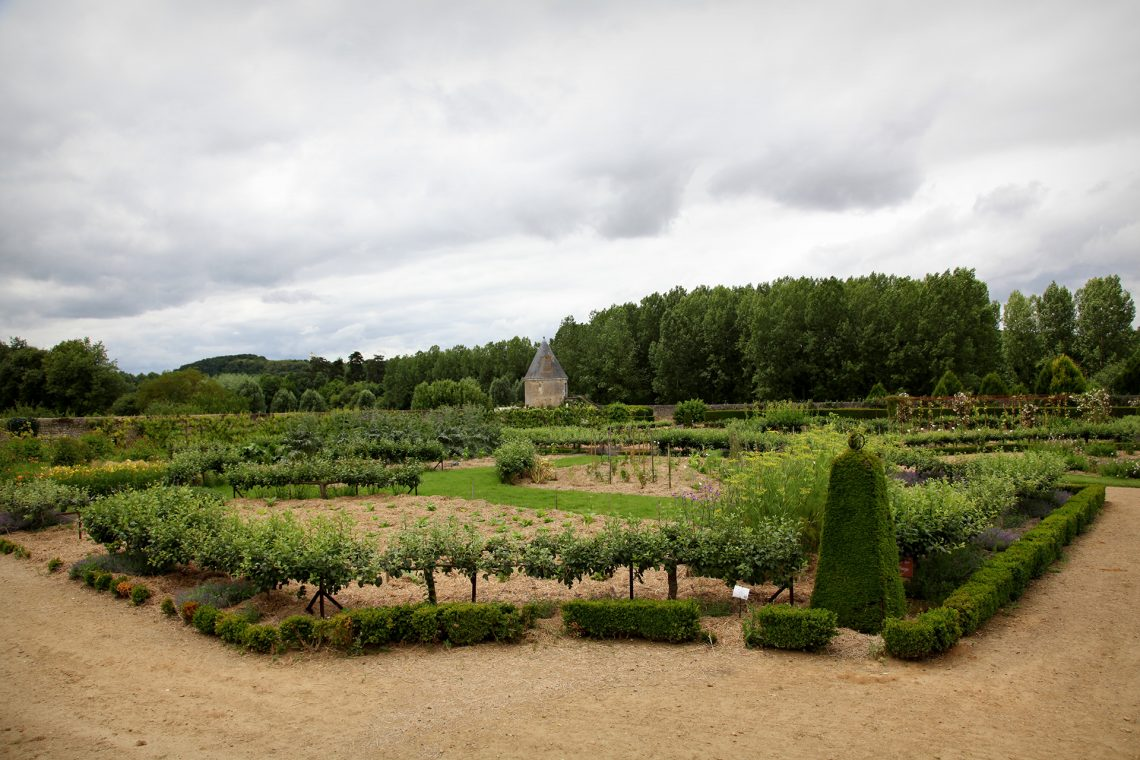 Les jardins du château Valmer. (The Gardens at Château Valmer) in Vouvray
