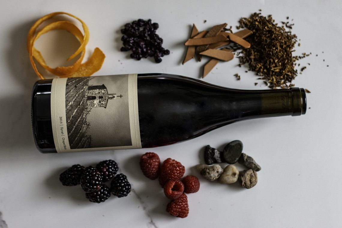 Notes of bramble fruit, wet stone, tobacco, leather, orange peel and on the 2015 Chapel Block Syrah from Owen Roe