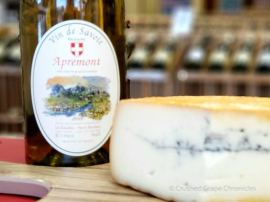 Our visit to Valley Cheese and Wine to pick up an Apremont & some morbier cheese
