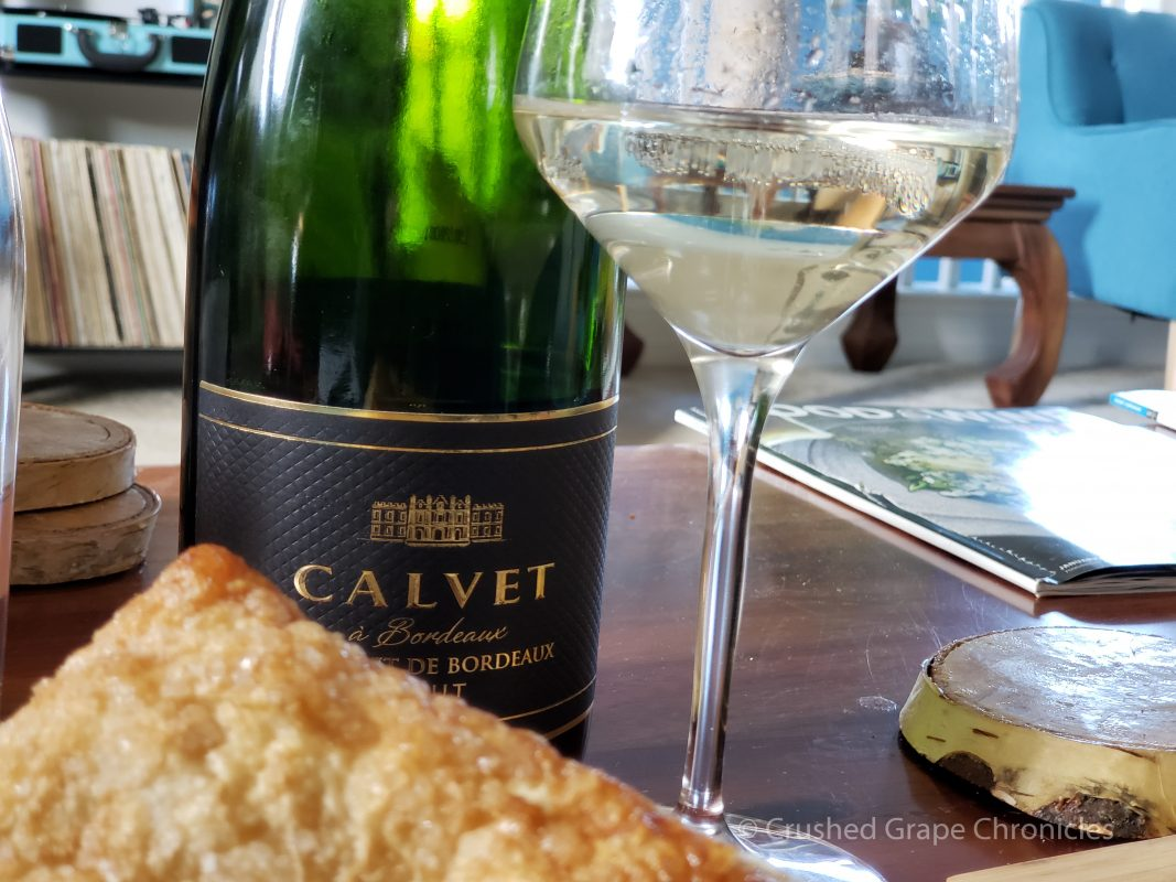 Calvet Crémant de Bordeaux with apple turnovers