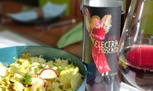 Thai turkey salad with Red Electra Moscato