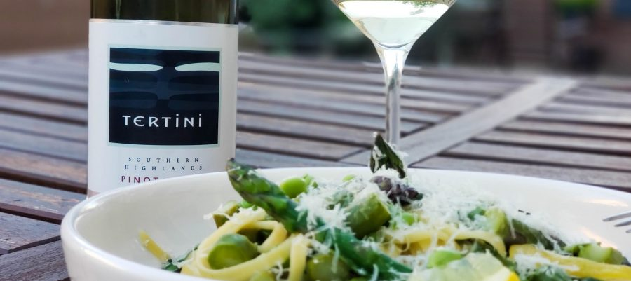 Tertini 2018 Pinot Blanc from New South Wales Southern Highlands with a one-pot spring vegetable pasta