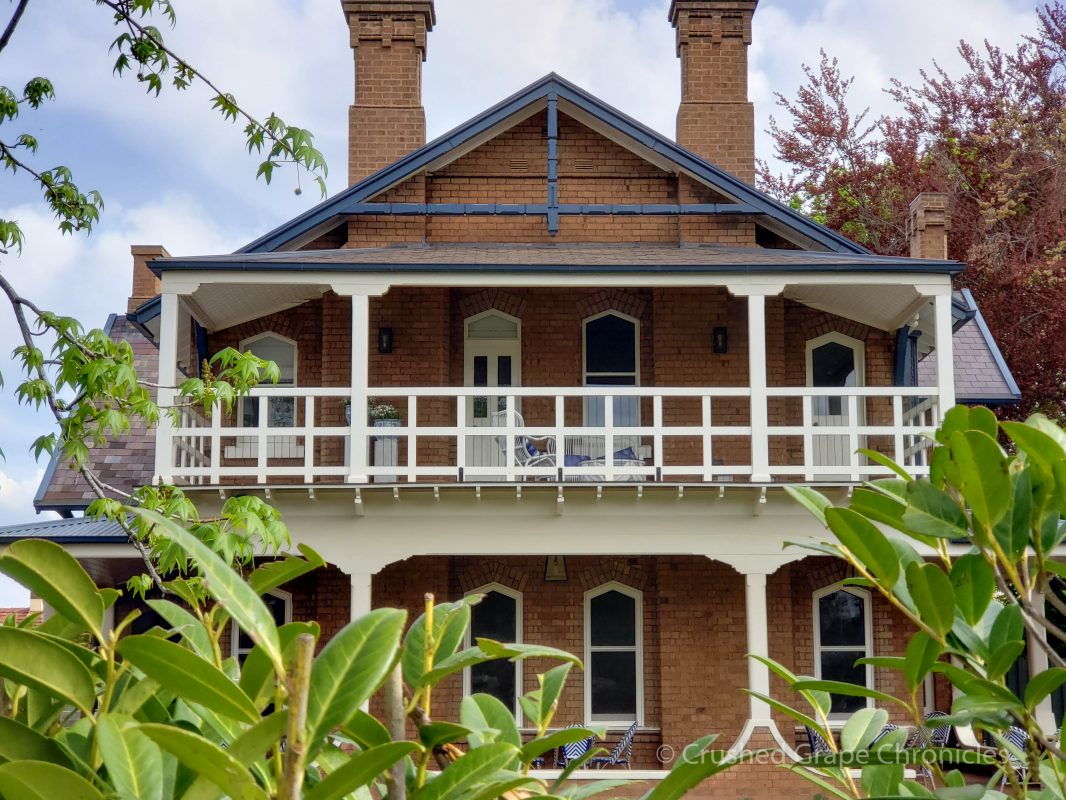 the Byng Street Boutique Hotel from the front the historic Yallungah homestead in Orange NSW Australia