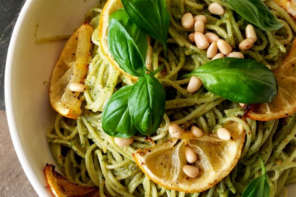 Pesto pasta with roasted lemons