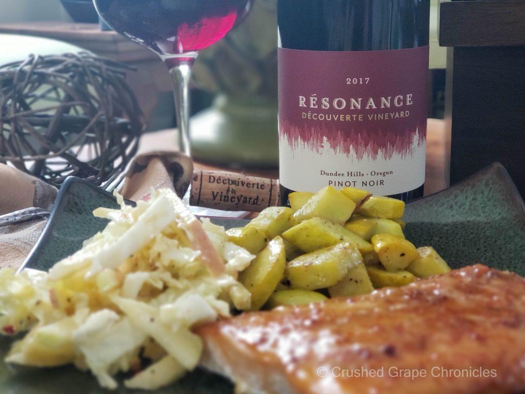 Résonance – Découverte Vineyard 2017 Pinot Noir with honey-harissa glazed salmon