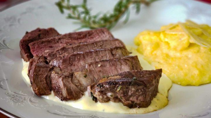Steak with Gorgonzola and LEcole Cabernet 01 2 scaled