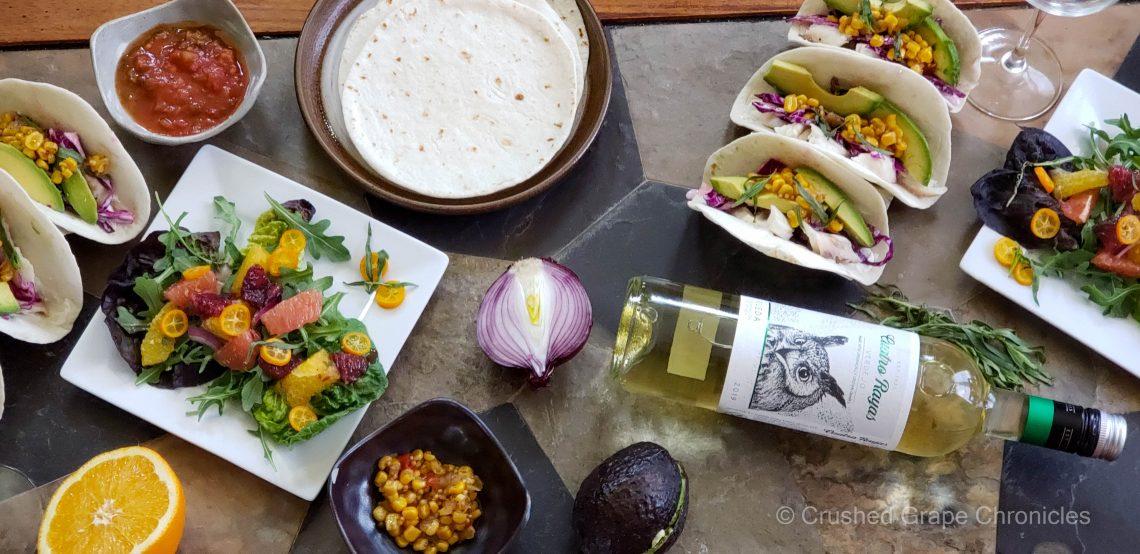 Cuatro Rayas Rueda Verdejo with citrus salad and fish tacos