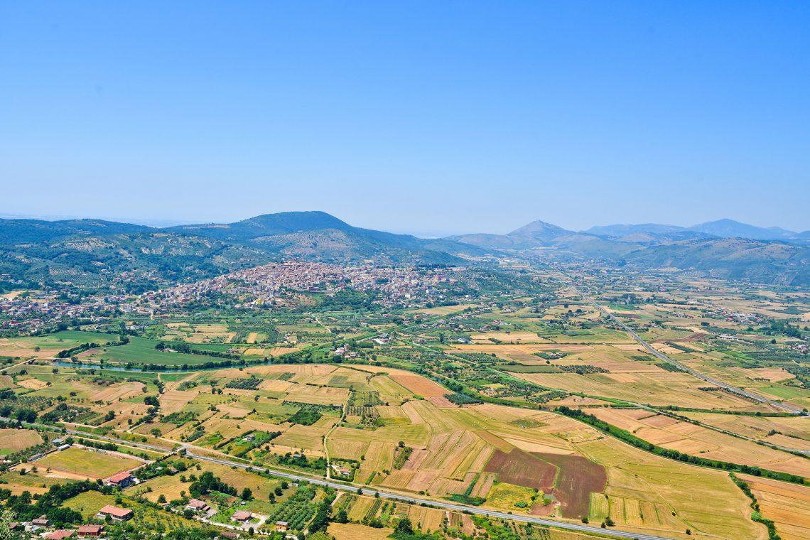 View of the historic town of Priverno, in the Lazio region . (Photo Adobe Stock by Giambattista)