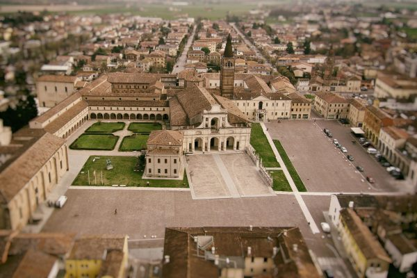 Mantova - San Benedetto Po - Abbazia Polirone (Adobe Stock By Gianluca)
